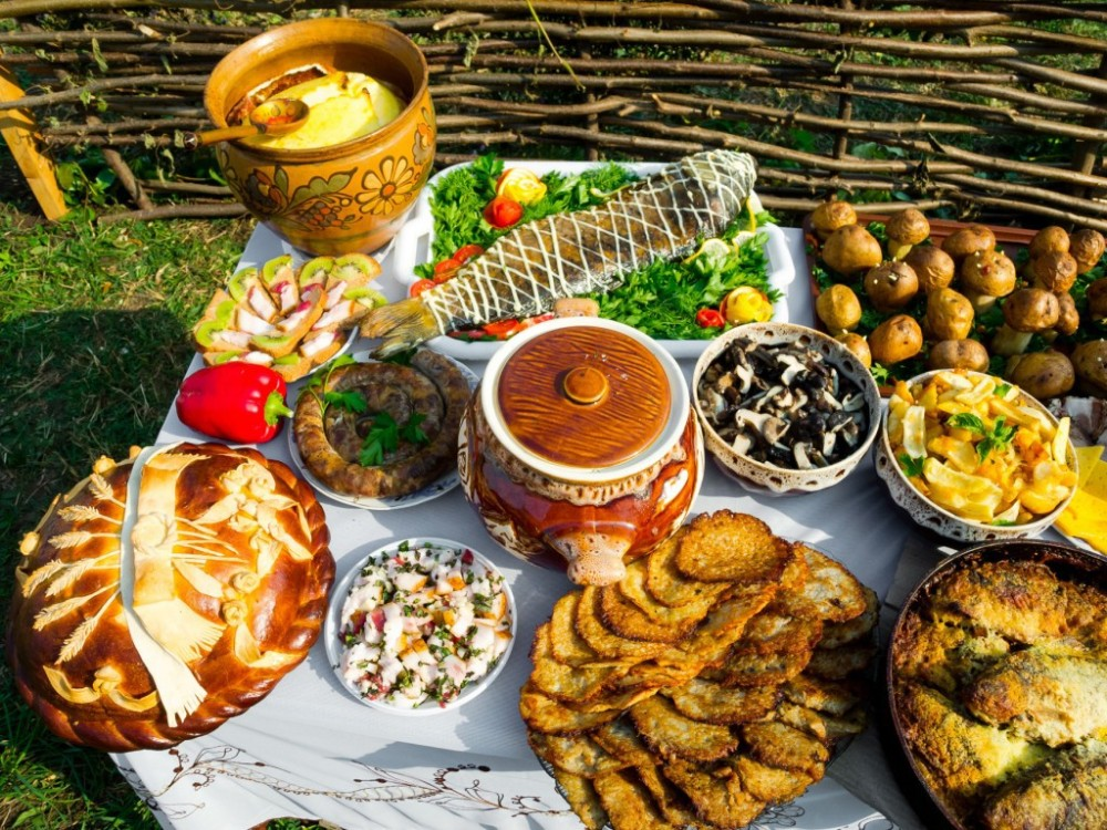 Traditional-Russian-Food-1024x768
